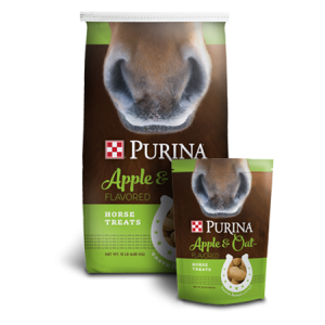 Purina Apple and Oat-Flavored Horse Treats Bag